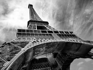 Fotografie în unghi larg al turnului Eiffel - 221
