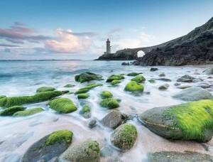 Fototapet plajă pustie cu un far în zare - 13052